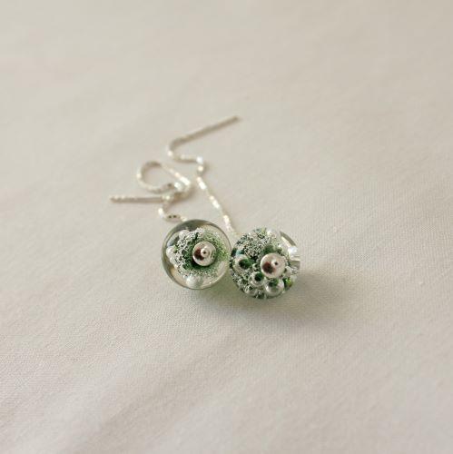 Boucles d'oreilles chaîne vertes