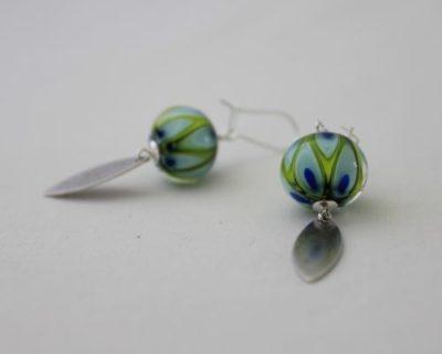 Boucles d'oreilles vertes et bleues