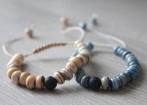 perles de verre et de pierre de lave