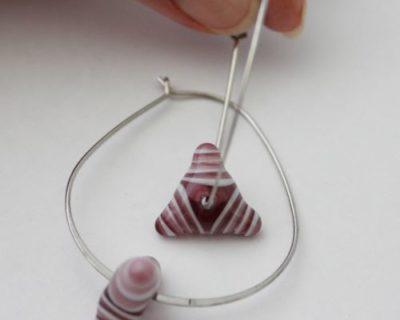 Créoles ovales perle rose en verre
