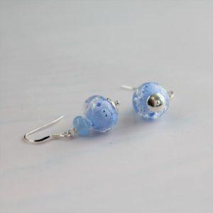 Boucles d'oreilles bleues claires