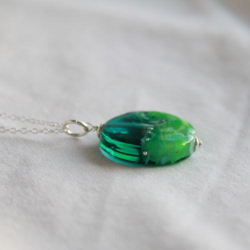 Pendentif plage turquoise et vert
