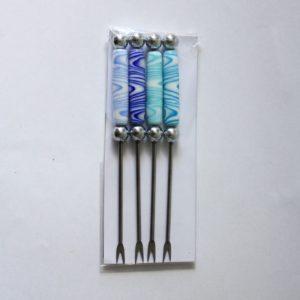 Pics apéro, avec perle de verre blanche et bleue